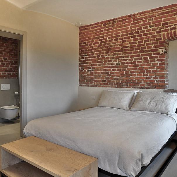 camera in stile rustico di design turismo in basso piemonte