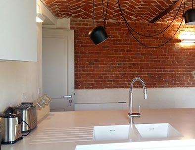 Chi lo desidera può usufruire di una cucina dotata dei più moderni elettrodomestici