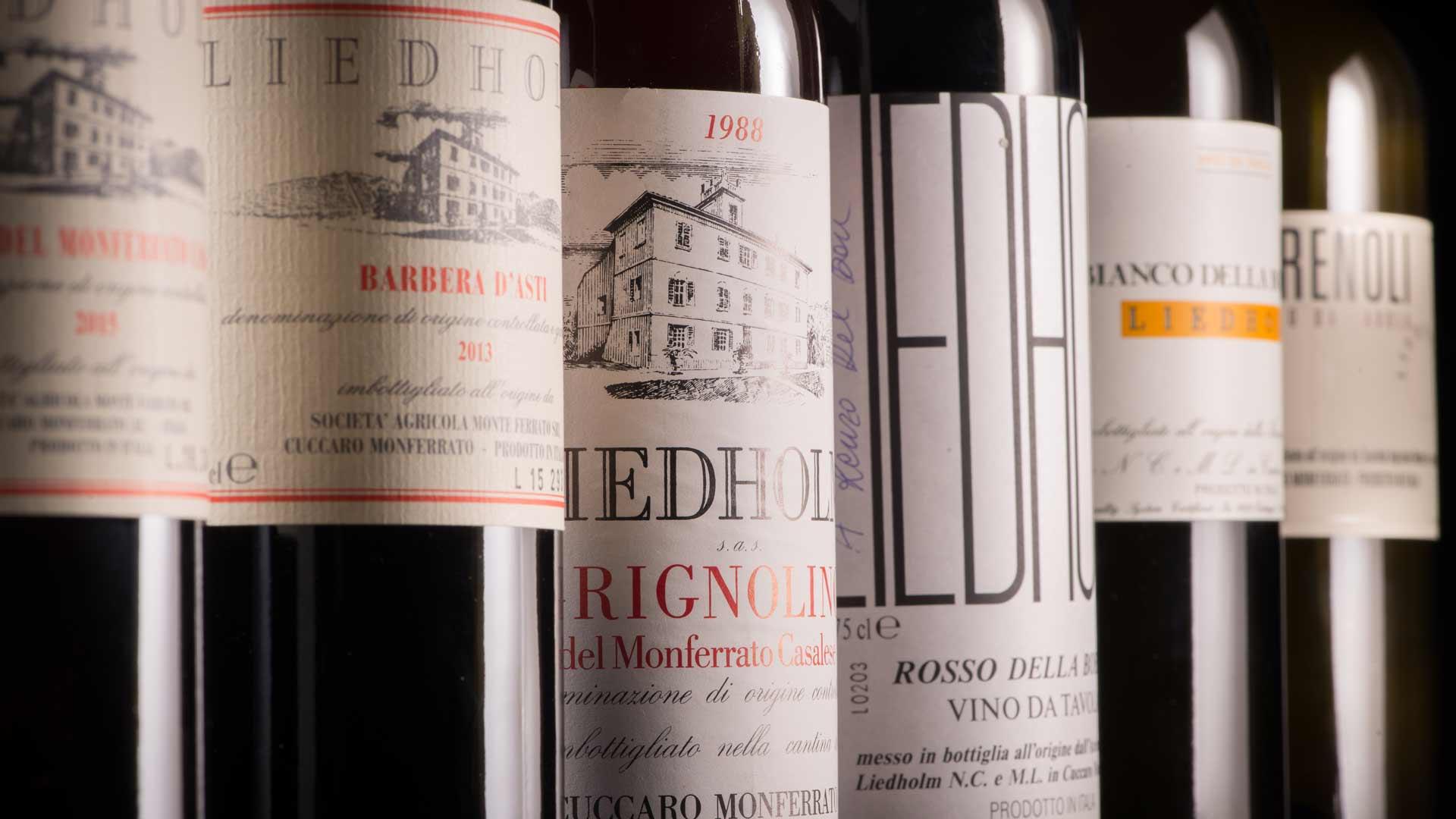Il vino è un composto di umore e luce.